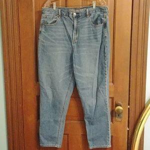 AEO Highrise Mom Jeans